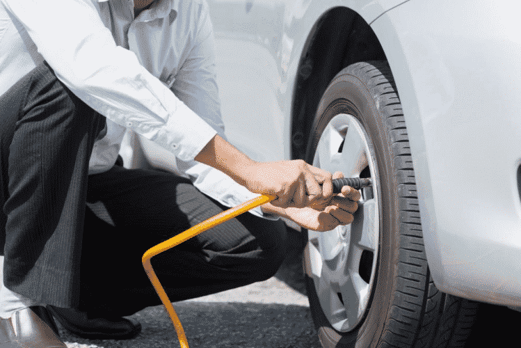 How to use an air compressor for tires