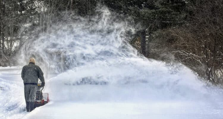 How To Choose the Best Snowblower For You