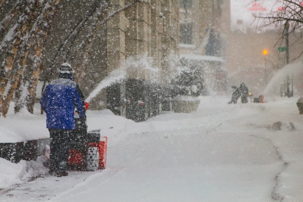 Managing Gas-Powered Snow Blowers In Extreme Temperatures