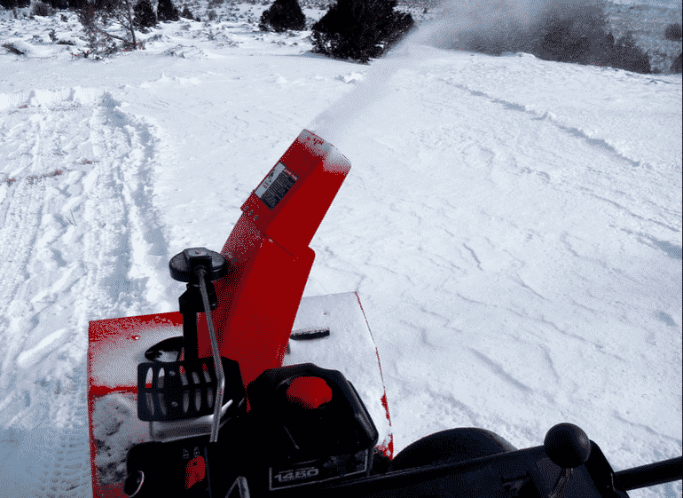 How to mix your snowblower oil and gas