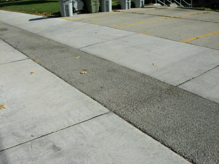 How to remove mold from concrete cement walkways