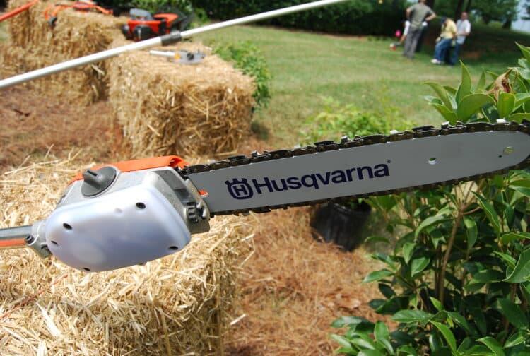 How to use a tree pole saw