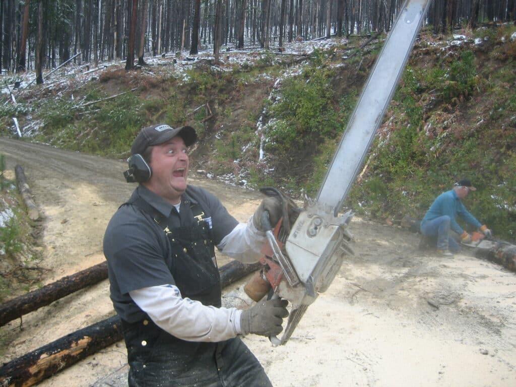 chainsaw kickback