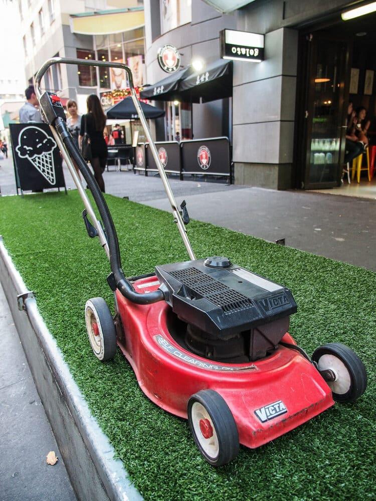 my lawn mower wont start