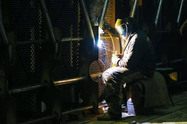welding black iron pipe