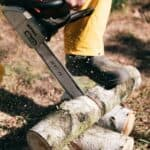 how much compression should a chainsaw have